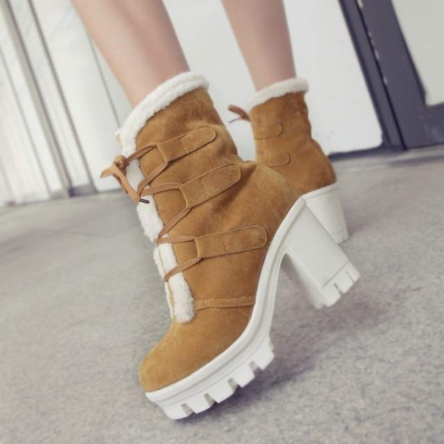 ae01.alicdn.com/kf/H414838b145e0432e85d3aabc6f0b77d3I/Mulheres-outono-inverno-quente-botas-moda-rendas-plataforma-tornozelo-camur-a-botas-damenschuhe-chaussures-pour-femmes.jpg_640x640q70.jpg