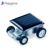 Прикольная машинка в минималистском дизайне на солнечных батареях.