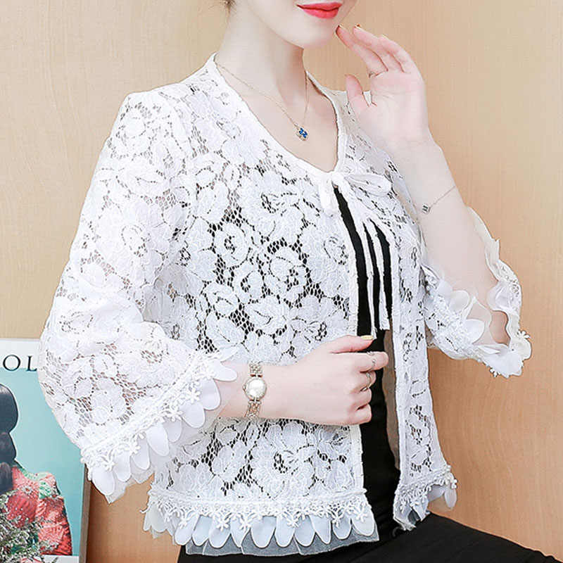 3XL 4XL Plus Size Blouse Vrouwen Tops Blusas Mujer De Moda 2020 Blouse Vrouwen V-hals Hollow White Lace Blouse Shirt kleding D103
