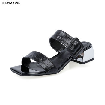 2020 Buckle Open-toed Summer Ladies Slippers Fashion Square Heel women shoes Genuine Leather Slingback Women slippers Size 34-2