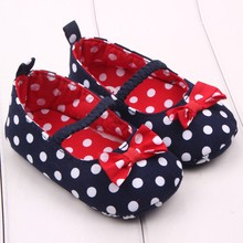 2020 New Kids Shoes Baby Girls Boys Dot Cute Anti-Slip Toddler Prewalker Shoes Infant Boys Soft Sole Baby Casual Shoes cheap ISHOWTIENDA Rubber Fits true to size take your normal size Cotton Fabric Elastic band polka dot Children Breathable Canvas