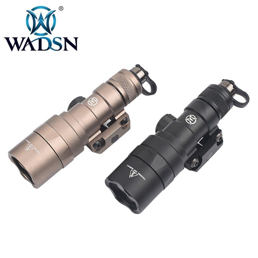 WADSN Airsoft Torches SF M300B MINI SCOUT lumière pistolet Lampe M300 210 Lumens Softair Lampe de poche WEX358 chasse arme lumières