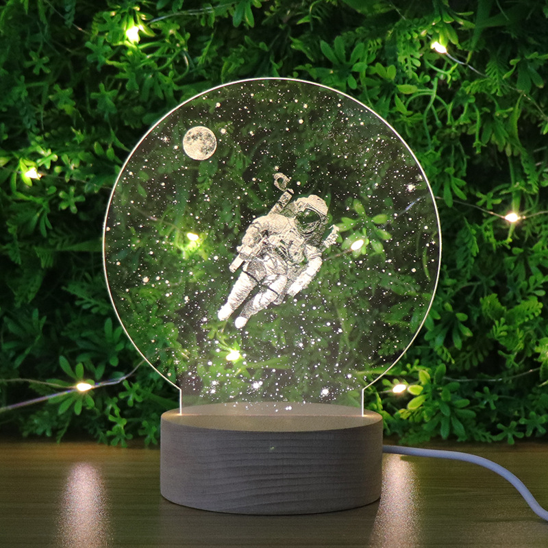 2020 Drop Ship Creative 3D Night Light Modeling Lamp Astronaut Style Gadget Christmas Holiday Party Home Decor Ornament