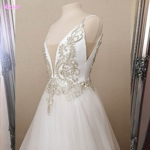 Image 3 - 2020 Amazing White Long Prom Dresses Sparkling Stones Sexy A line Party Dress Tulle Slit Left Formal Dance Ball Gowns YQLNNE