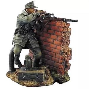 1/35 Resin Figure Model kits Soviet sniper 1 figure Unassambled Unpainted 876