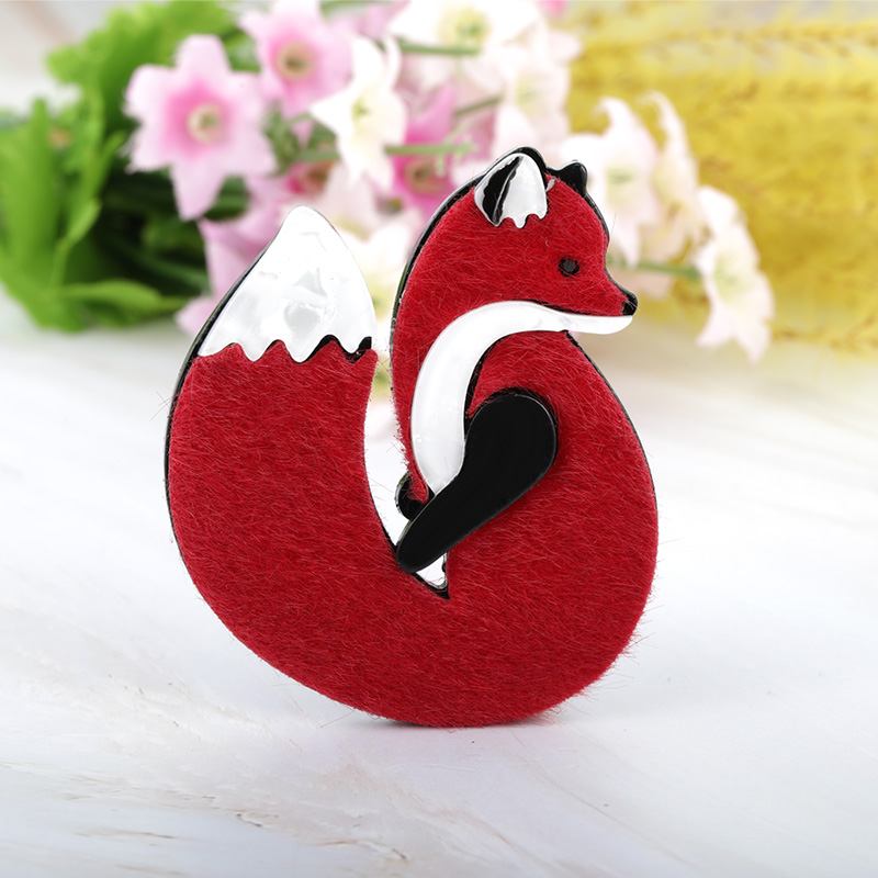 Blucome Lovely Acrylic Leather Fox Brooches Pins Gold Color Handmade Fashion Animal Brooch Scarf Clip Suit Hats Dress Accessory 3