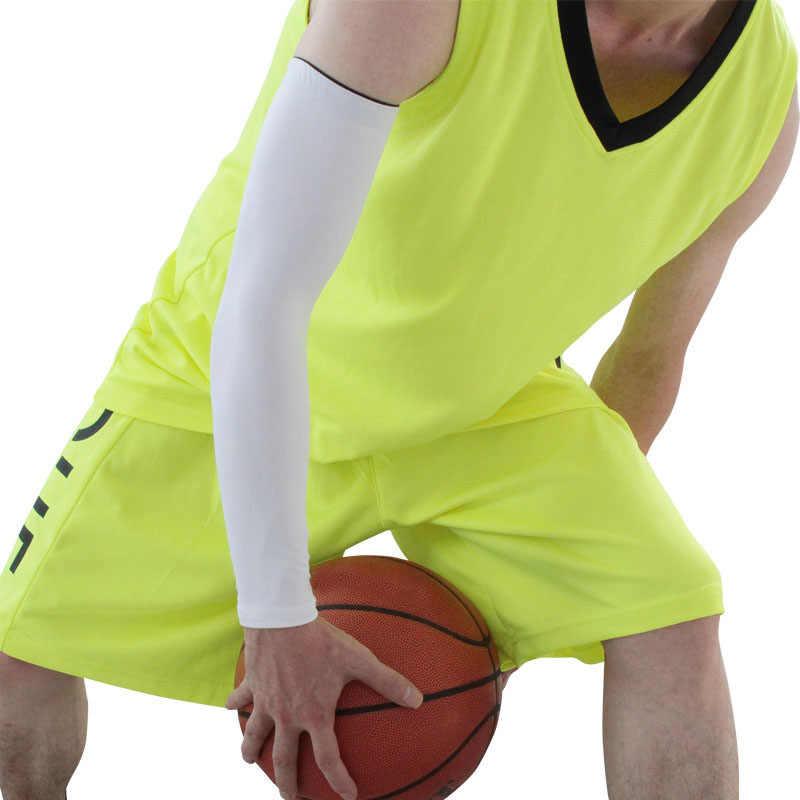 男性は通気性クイックドライ、 Uv 保護ランニングバスケットボール肘パッドフィットネスアームガードスポーツサイクリングアームウォーマー