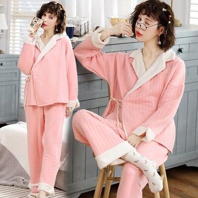women sleep lounge wear
