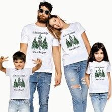 1 предмет; одинаковые футболки с короткими рукавами в клетку с леопардовым принтом и рождественской елкой для всей семьи; футболки для родителей и детей для рождественской вечеринки