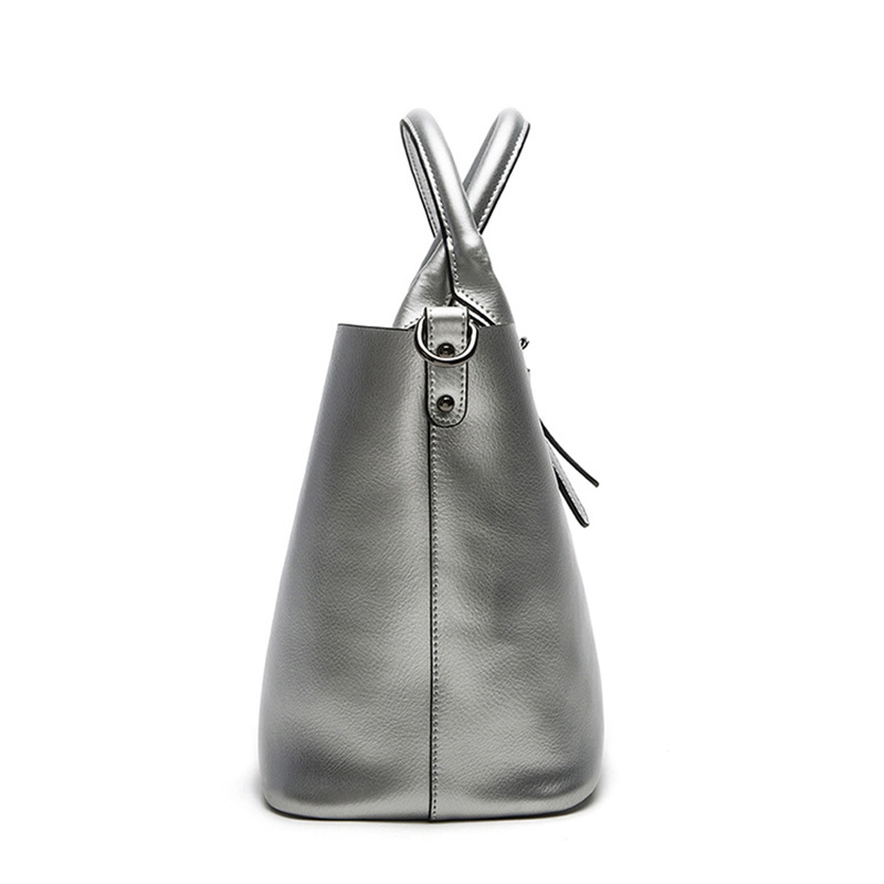 Image 5 - Silver Genuine Leather Shoulder Bags for Women 2019 High Quality Luxury Handbags Big Messenger Bag Tote Ladies Hand Bags Natural-in Shoulder Bags from Luggage & Bags