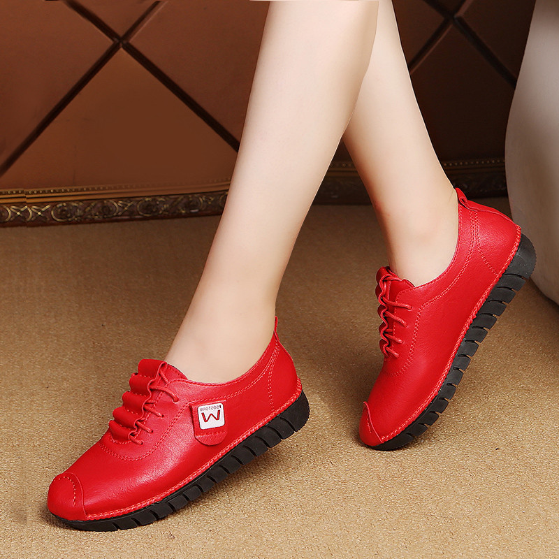 33~42 New Breathable Leather Flats Shoes Woman Sneakers Tenis Feminino Nurse Peas Flats Shoes Plus Size 35~42 Women Shoes
