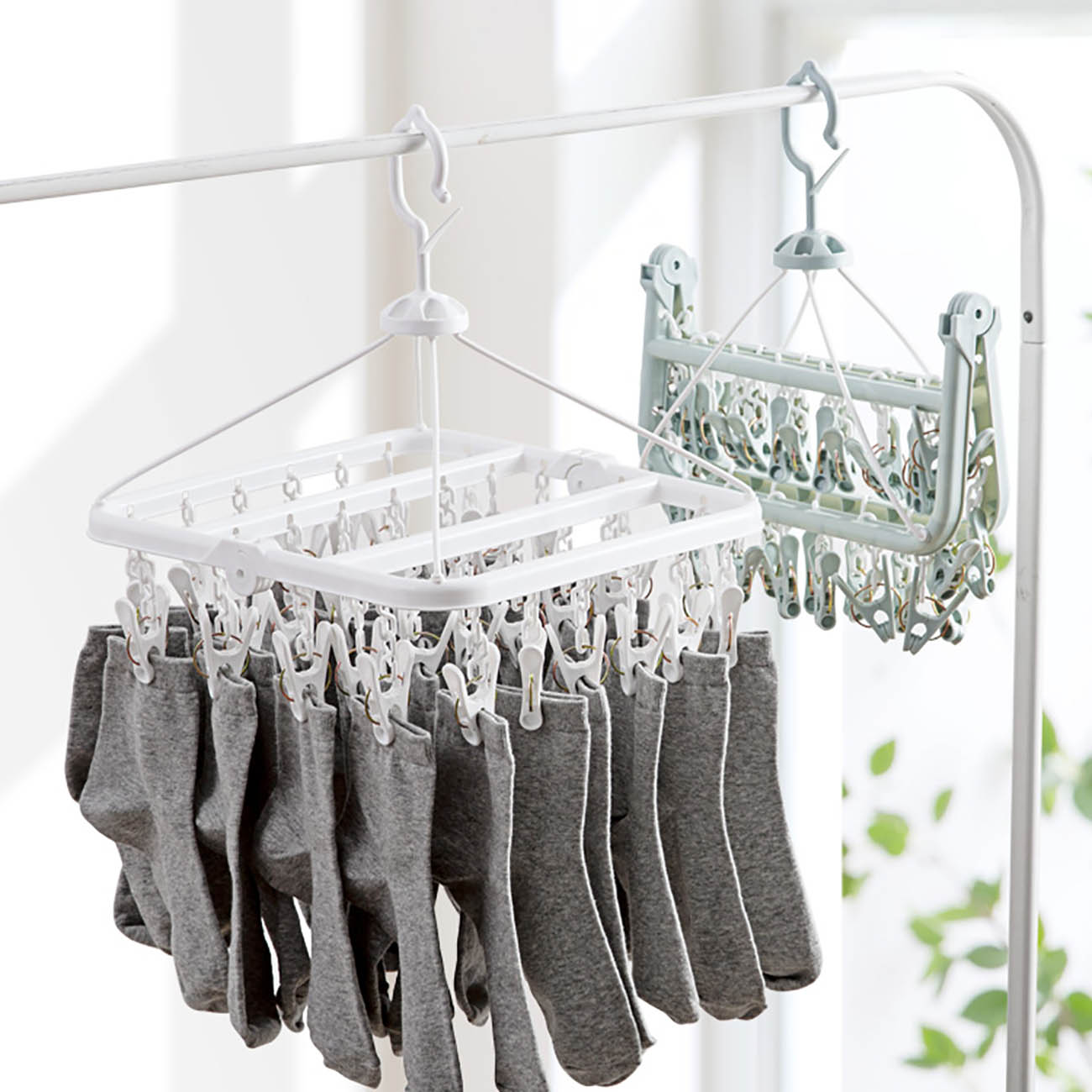 OTHERHOUSE 32 Clips Foldable Clothing Rack Laundry Clothes Hanger Rotatable Drying Rack For Bra Socks Underware Clothespin
