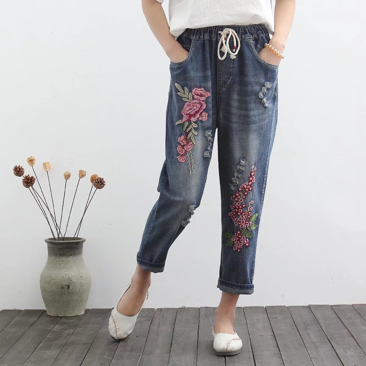 Industrial Embroidery Flowers Spring Casual With Holes Loose-Fit Slimming Capri Pants Jeans Women's Large Size Fashion S20345