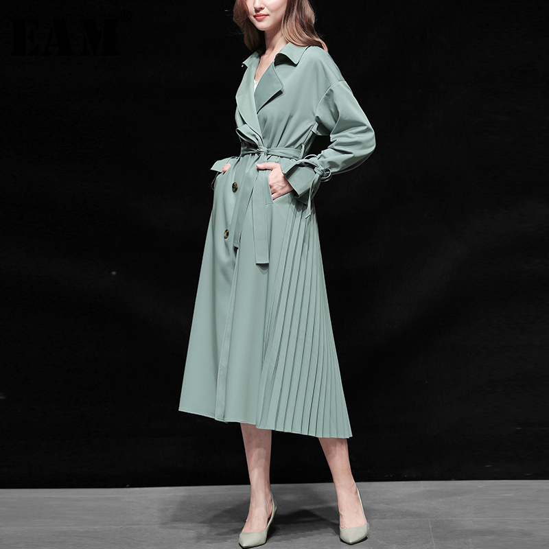 [EAM] Women Belt Double Breasted Pleated Trench New Lapel Long Sleeve Loose Fit Windbreaker Fashion Autumn Winter 2019 1B216