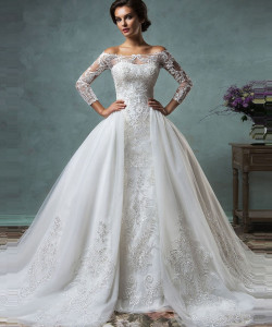 Image 1 - 2019 Hot Sale Vintage Wedding Dresses With Sheer Long Sleeves Detachable Train Appliques Lace Tulle Customized Bridal Gowns