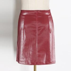 Image 5 - Deuxtwinstyle Patchwork broches asymétrique femmes jupes taille haute en cuir PU décontracté Mini jupe pour femme 2020 mode vêtements