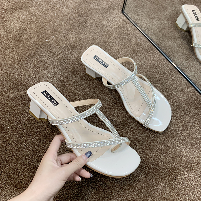 Summer Shoes Woman Sandals Crystal Flat Sandalias Mujer 2020 Rhinestone Gladiator Beach Sandals Ladies Flip Flops