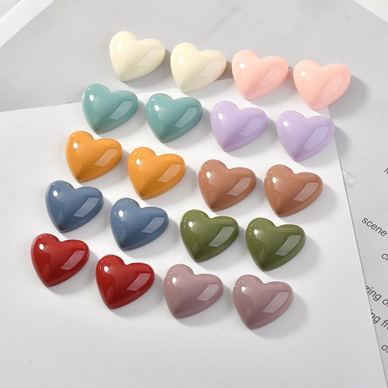 10PCS 17 * 18mm Retro Solid Color Heart Shaped Resin Earring Pendant Accessories DIY Mobile Phone Case Making Accessories