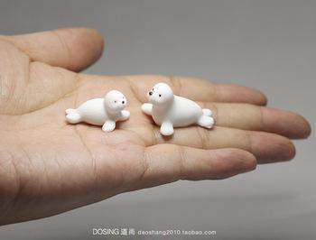 Życie morskie białe małe delfin ozdoby modelowe morze małe dziecko delfin akwarium dekoracja do akwarium miniaturowe akcesoria zabawki tanie i dobre opinie lalki CN (pochodzenie) Unisex PIERWSZA EDYCJA 3 lat Peryferyjne Japonia Produkty na stanie Wyroby gotowe 1 60 Animals