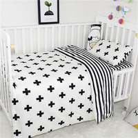 Hot 3PCS Baby Bedding Set Duvet Cover Flat Sheet Pillowcase Nursery Bed Cotton Cartoon Baby Bedding Sets Baby Crib Bumpers