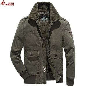 Jaqueta de inverno homens engrossar lã lã casaco de algodão outwear blusão streetwear multi-bolso carga bombardeiro jaqueta homem roupas