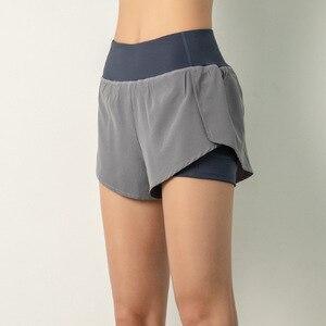 Image 5 - Luoenbo shorts de ginástica dupla, bermuda de academia respirável com bolso lateral, secagem rápida, yoga, mulheres, roupa esportiva 2020