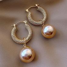 Boucles d'oreilles pendantes en imitation de perles pour femmes, bijoux tendance et élégants, idée de cadeau de mariage