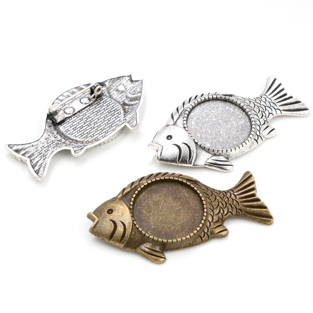 2pcs 20mm Inner Size Antique Silver And Antique Bronze Colors Plated Brooch Pin Fish Style Cabochon Base Setting
