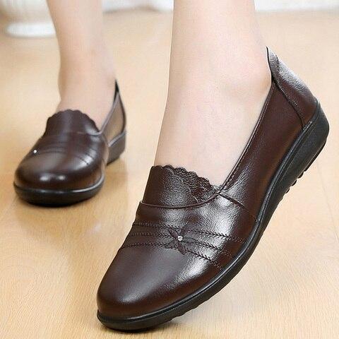 2019 autumn new female flats genuine leather women shoes slip on shoes for women black flats soulier femme Lahore