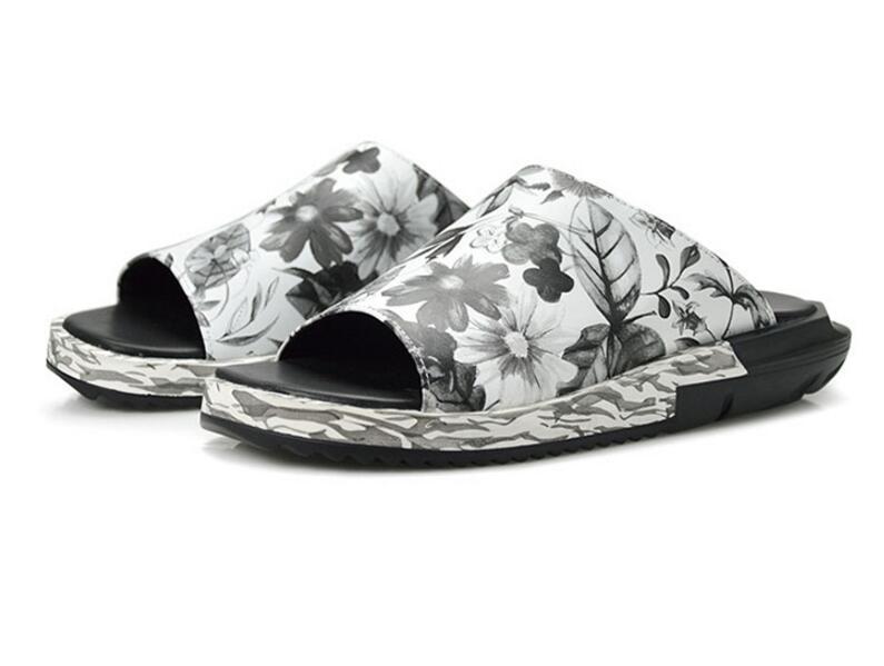 Flip Flop Casual Outdoor Men Slipper Sandal  Men Beach Sandals Shoes Comforatble Crocodile Leather Falt Shoes