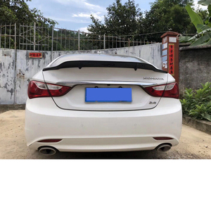 Image 4 - Pour Hyundai Sonata Spoiler 2010 2014 fibre de carbone lèvre arrière aileron haute qualité couleur spoiler Sonata 8 aile arrière pièces dauto