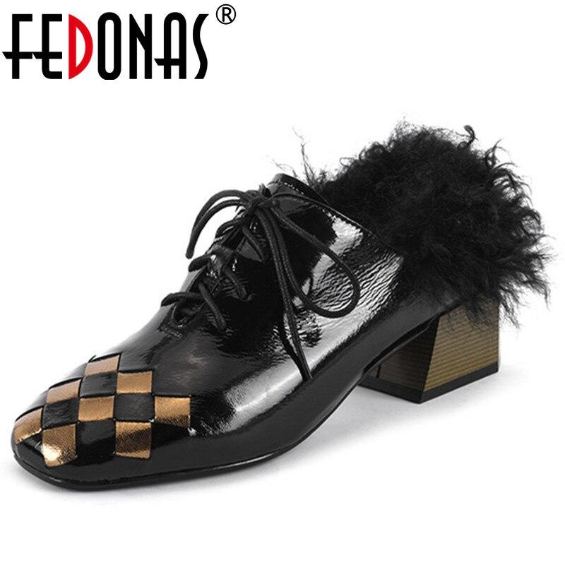 FEDONAS 2020 Tide femmes peu profondes lapin cheveux pompes automne hiver chaud talons hauts boîte de nuit bureau pompes femme mixte couleurs fourrure