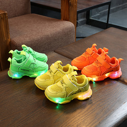 Children Shoes With Lighting Chaussure Led Enfant New Kids Sports Shoes Breathable Boys LED Sneakers For Girls