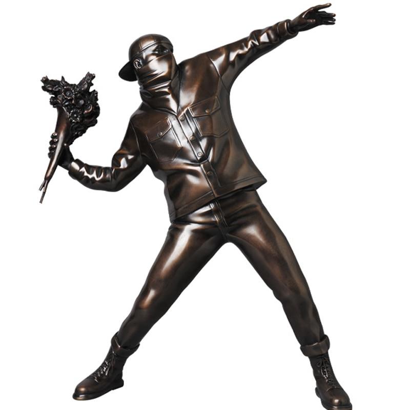 Resin Figurine England Street Art Banksy Flower Bomber Sculpture Statue Bomber Polystone Figure Collectible Art Toy