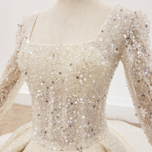 Image 5 - HTL1367 גדול נצנצים שמלת כלה ארוך שרוול הכלה שמלת נצנצים חתונה שמלת 2020 קפל בתוספת גודל trouwjurken