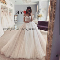 Elegant Ball Gown Tulle Quinceanera Dresses Customize Plus Size Off the Shoulder Vestido de 15 anos Sweet 16 Dress Prom Party