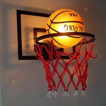 Европейский стиль лампа в виде баскетбольного мяча детская спальня настенный в стиле ретро Баскетбол Свет прикроватная лампа для светильн...