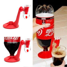 Nueva novedad ahorradora de Soda dispensador de botella de coque boca abajo máquina de dispensación de agua potable para Gadget Party Home Bar