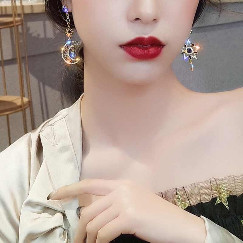 2019 New Asimmetrico Orecchini Femminile di Tendenza Coreano Temperamento a Cinque Punte star Luna Lucido Con Strass Orecchini di Personalità