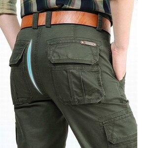 Image 3 - Nuovi Pantaloni Cargo Degli Uomini Multi tasche Pantaloni Larghi Pantaloni Da Uomo Militare Casual Tute E Salopette Army Pantaloni Pantaloni Pantaloni Più Il Formato 40 42 44 di cotone