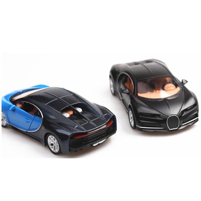 Koleksi 1:36 Skala Paduan Tekstur Logam Realistis Mobil Model Mainan Bugatti Chiron Menarik Kembali Mobil Kendaraan Display untuk Anak Dewasa