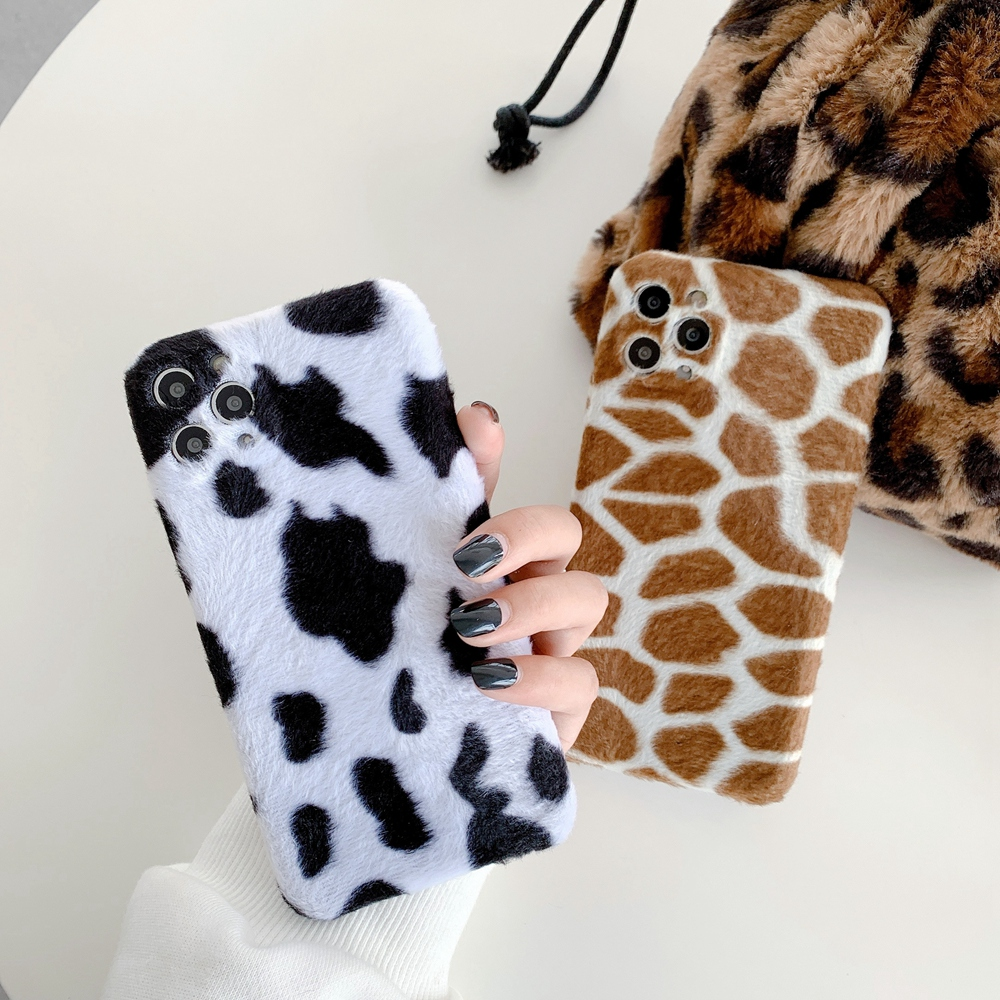 Cow Milk Black White Warm Plush Phone Case For iPhone 11 12 Pro Max XR XS X 7 8 Plus Luxury Simple Furry Fur Back Cover Shell