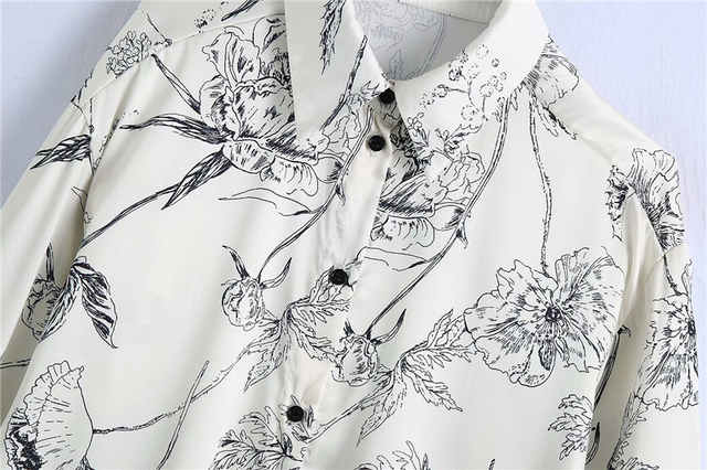 Elegant Shirt with floral print in white