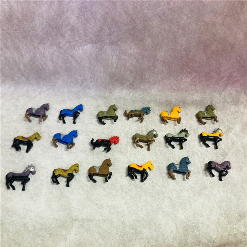 50pcs/lot MIni Cartoon Action Figures 4cm Soldiers War Horse Many Different Small Toys For Children Quality Decoratin Ornaments