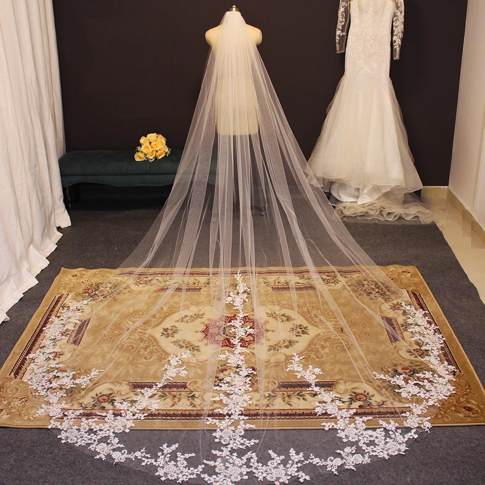New Arrival Long Lace Wedding Veil 3.5 Meters Cathedral Bridal Veil with Comb High Quality White Ivory Veil Bride Accessories