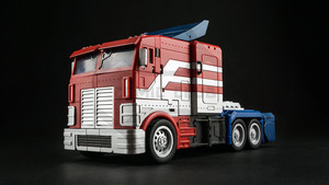 Image 2 - COMIC CLUB IN STOCK Transformation DaBan IDW GT OP Commander Truck Deformation Commader Action Figure Robot Toys