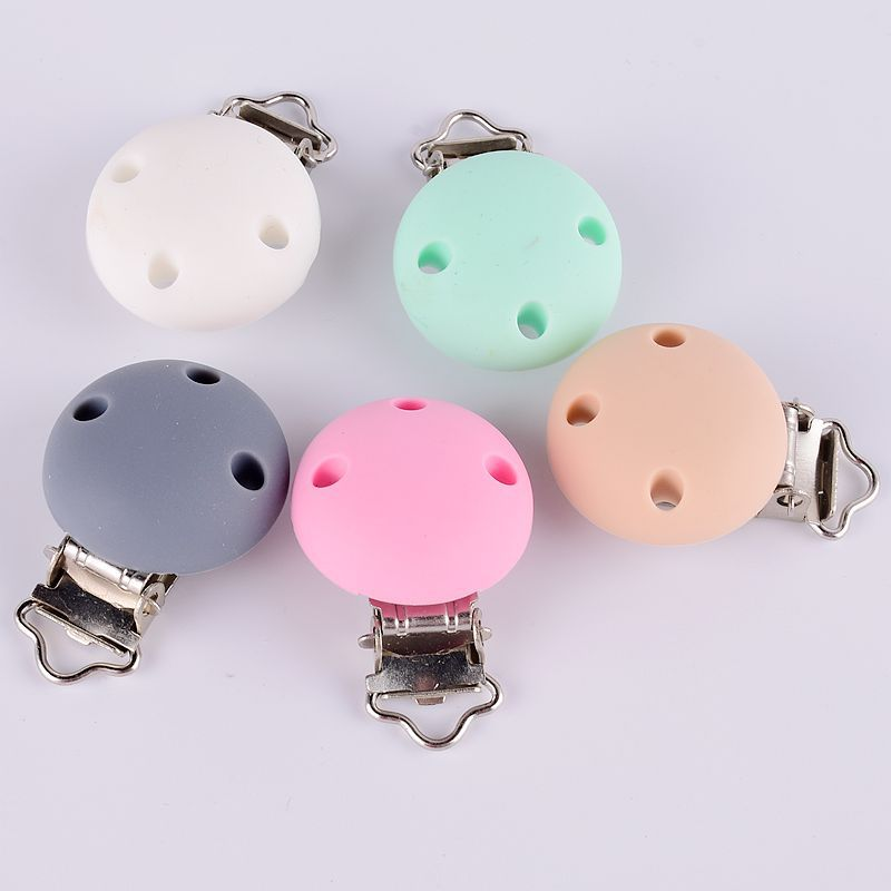 Three Holes Pacifier Clip Amazon Hot Selling Circle Silica Gel Hardware Duckbill Clip Of Wood Infants Pacifier