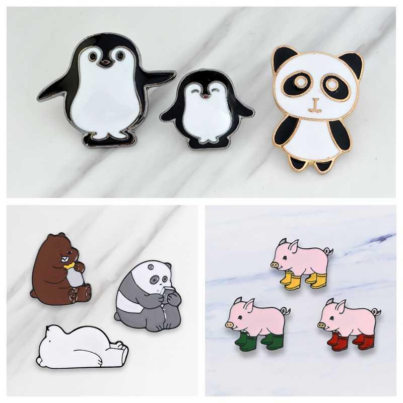 Hewan Lucu Kerah Pin Piggy Memakai Sepatu Bear Penguin Panda Bros Lencana Ransel Enamel Pin Perhiasan Hadiah untuk Teman