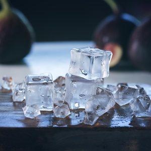 Image 2 - 24 قطعة مكعبات الثلج الاصطناعية ، الاكريليك شفافة المشروبات وهمية الجليد الغذاء التصوير الدعائم