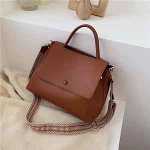 Image 2 - Totes Bags Women Large Capacity Handbags Women PU Shoulder Messenger Bag Female Retro Daily Totes Lady Elegant Handbags